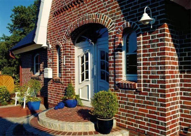 Фасадные работы под ключ цены